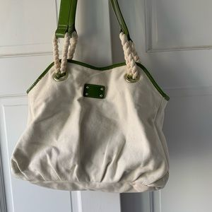 Green and White Gap bag
